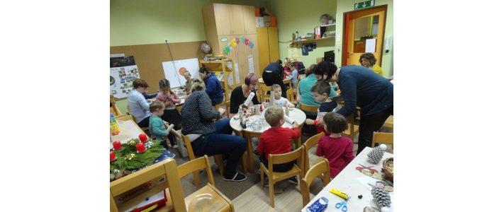 Decemberska delavnica s starši v oddelku od 3 do 4 let